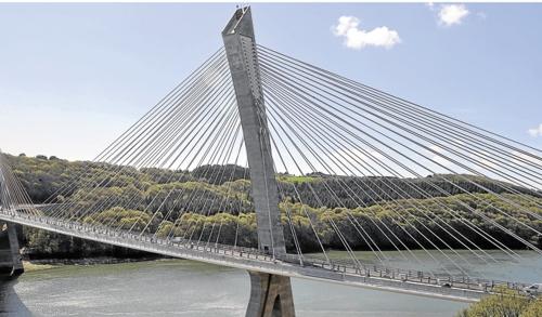 Le premier pont courbe haubans de france ouvrira le 17 avril - Premier pont a haubans ...