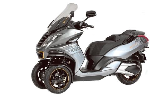peugeot va se lancer son tour dans les scooters trois roues. Black Bedroom Furniture Sets. Home Design Ideas