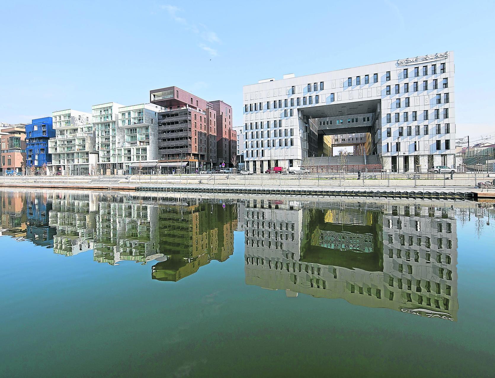 Faute de moyens, les villes se convertissent à un urbanisme banalisé dans Aménagement ECH21215125_1
