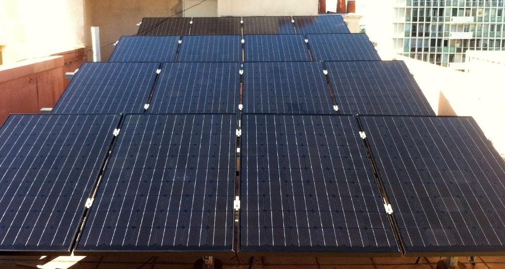 Dualsun le premier panneau solaire hybride certifi - Panneau solaire hybride ...
