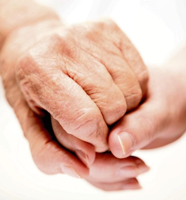 Le gouvernement ouvre un portail internet unique d di for Aide personnes agees maison retraite
