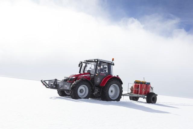 Agco expédie dans l'Antarctique un tracteur réinventé