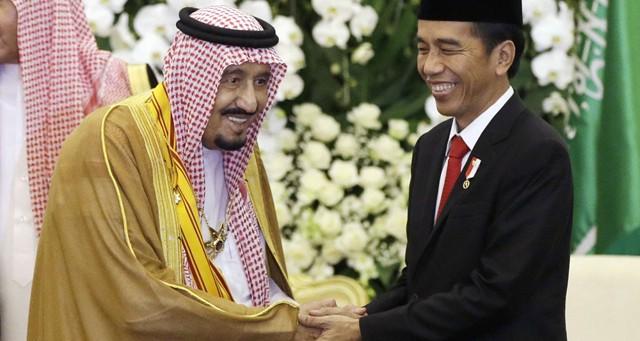 Le roi d'Arabie saoudite en tournée géante en Asie